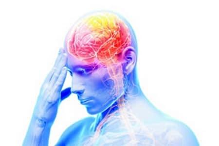 Человек с подсвеченным мозгом