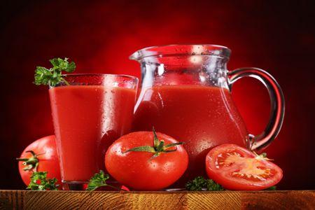 Помидоры и томатный сок